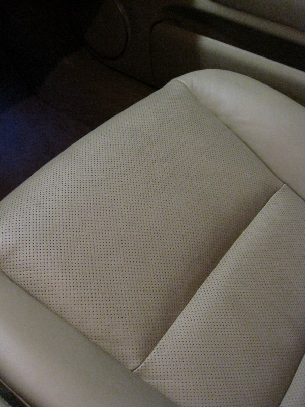 how to clean pen off leather seats