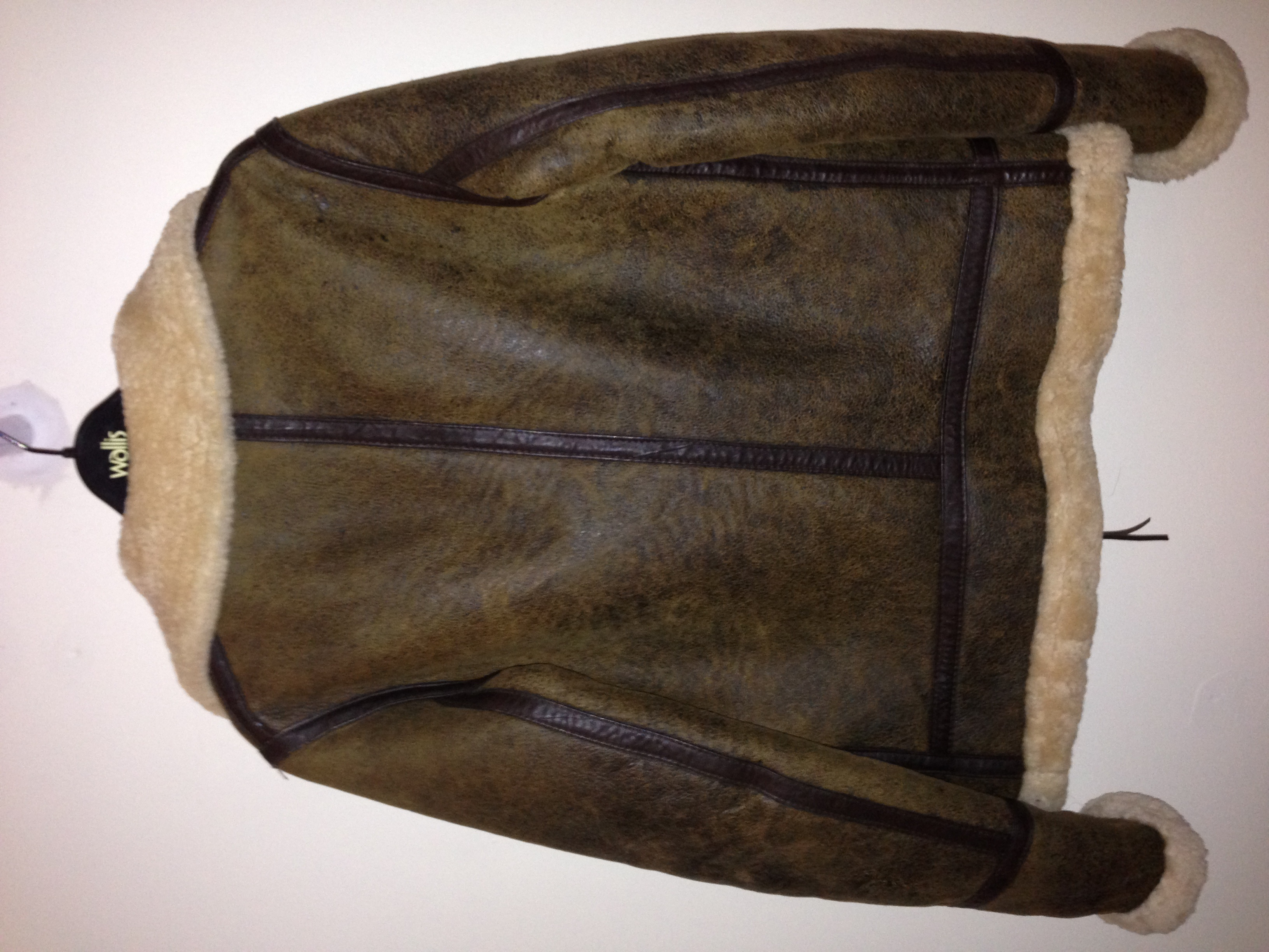 Restoring vintage D&ampG shearling jacket