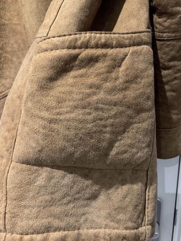 Name:  Sheepskin Jacket - Pocket.jpg Views: 20 Size:  109.4 KB