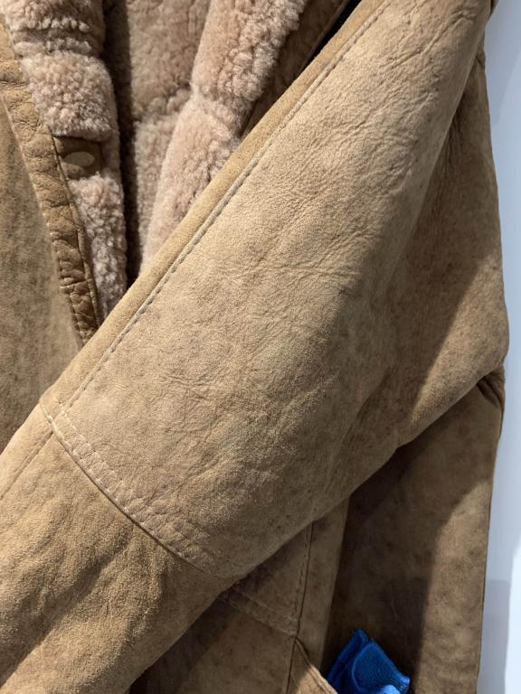 Name:  Sheepskin Jacket - Sleeve.jpg Views: 20 Size:  80.9 KB